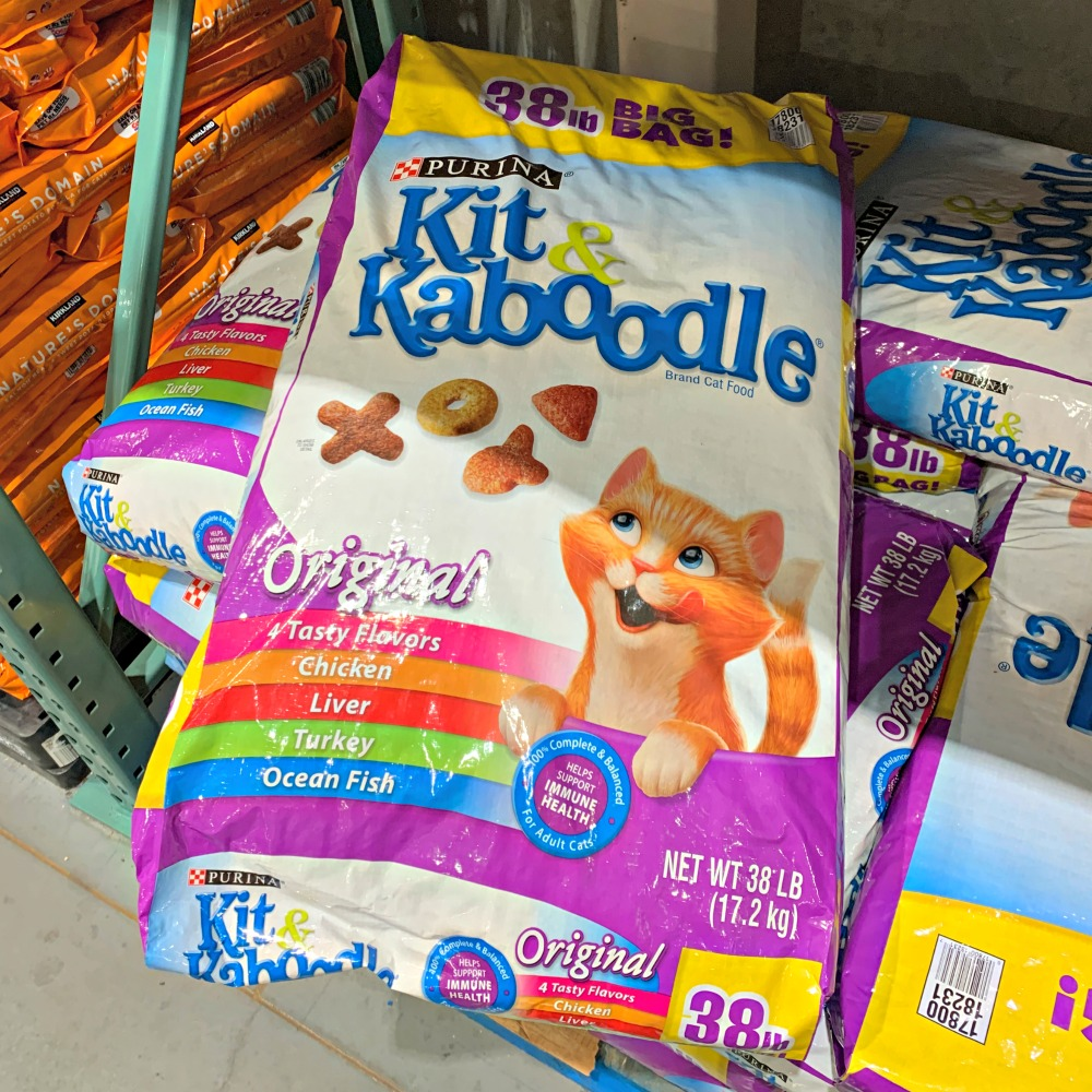 large 38 lb bag of Kit & Kaboodle Dry Cat Food at Costco